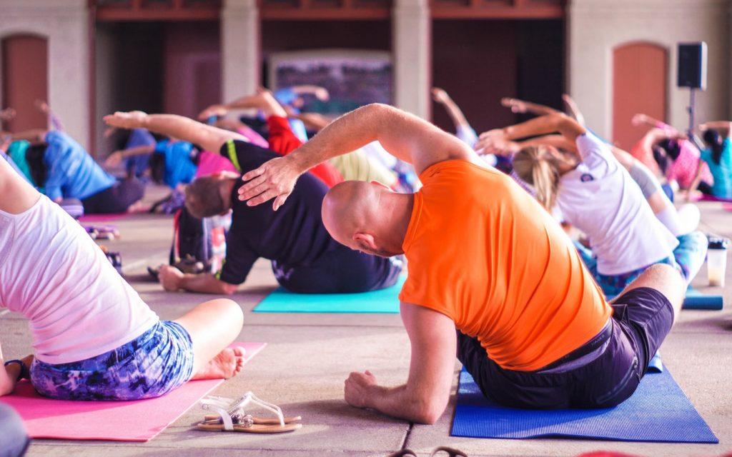 captar clientes estudios de yoga